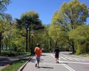 O circuito do Central Park tem 10km e corredores de diversos lugares do mundo
