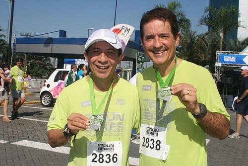 O apresentador do SPTV da Globo, o maratonista Carlos Tramontina, no Jornalistas que Correm
