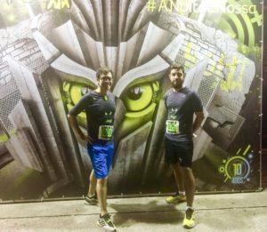 Carlos (esq.) e o amigo Alejando na Night Run