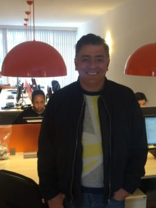 Mario Sergio em seu novo escritório