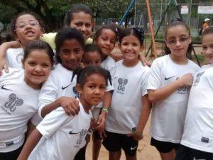 Algumas das crianças do Vida Corrida